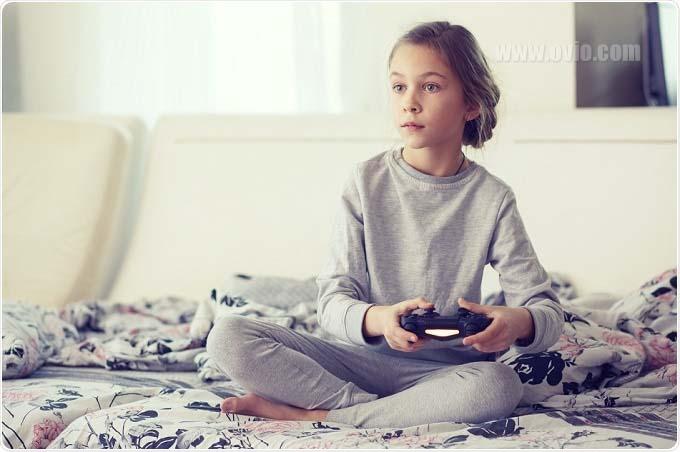 کنترل کنسول بازی بچه ها با پریز هوشمند