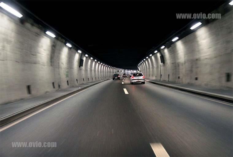 پارکینگ ها و تونل ها